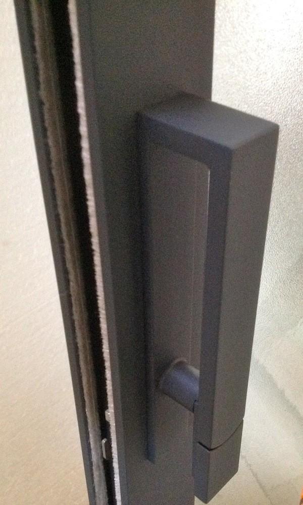 Corredera aluminio de esquina ventanas de aluminio for Poignee de fenetre technal