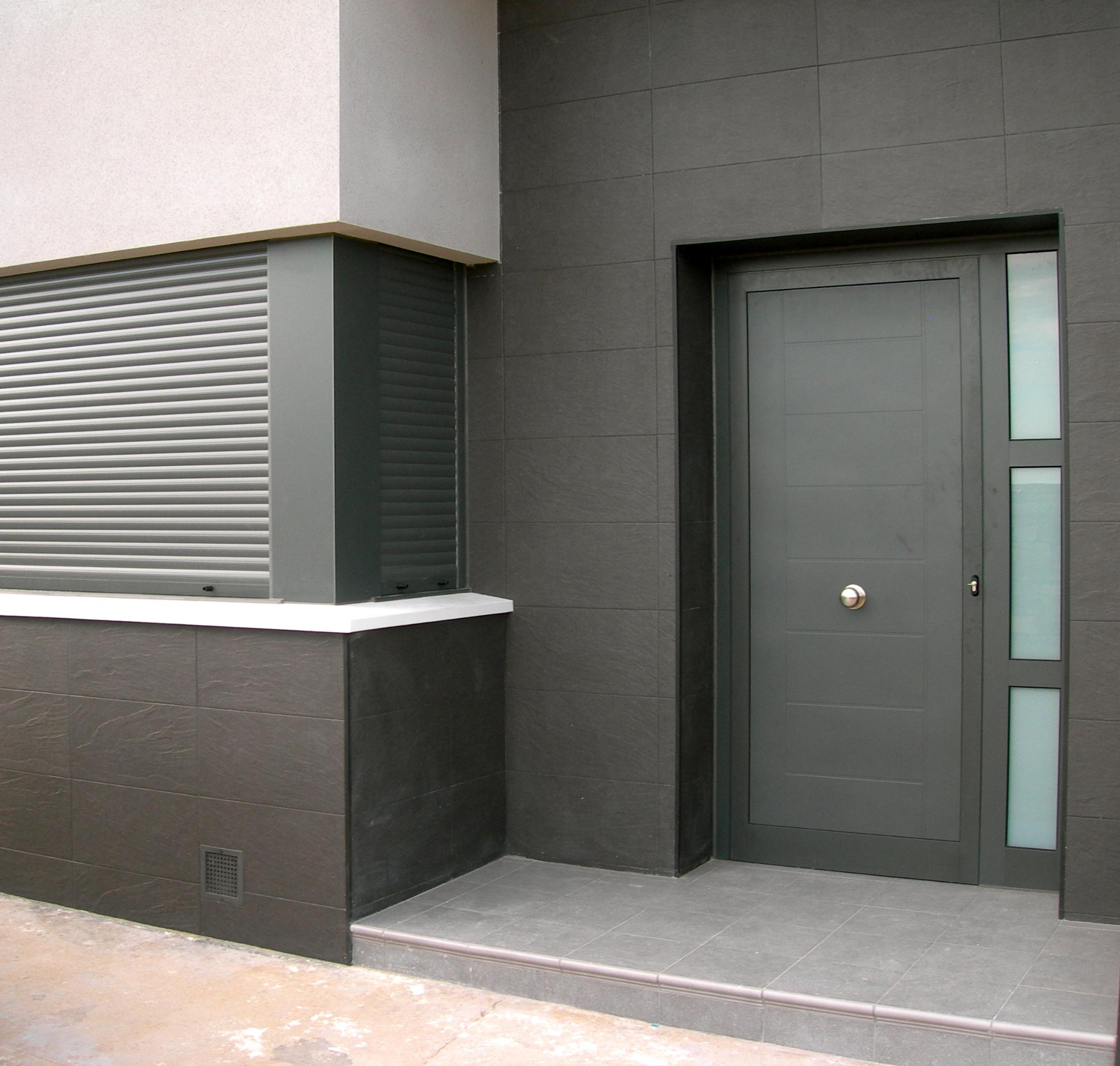 Obras realizadas technal carpinter a aluminio technal - Fotos de puertas de entrada ...