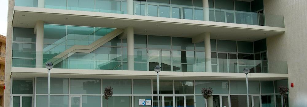 Tipos de vidrio en ventanas de aluminio carpinter a for Tipos de ventanas de aluminio para banos